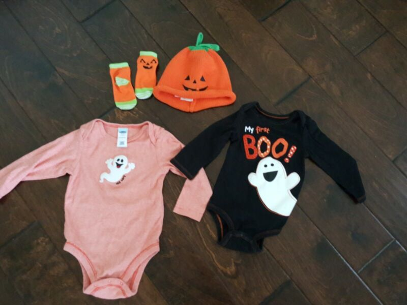 2 Halloween 1 Piece Outfits, Matching Hat & Socks For Infant Unisex 12/24 mos.