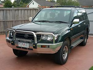 Toyota landcruiser GXL. Mornington Mornington Peninsula Preview