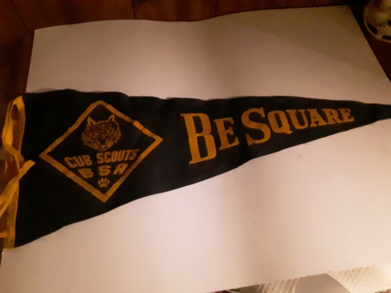 Vtg Cub Scouts BSA Be Square Banner