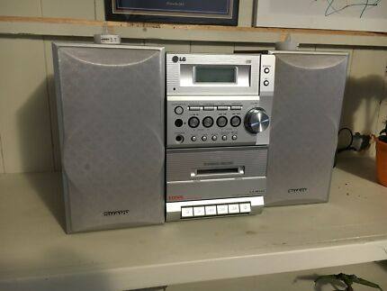 CD player with cassette deck