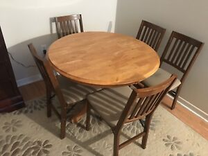 6 piece dining table and chairs