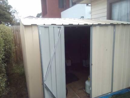 garden shed coloursteel 2.8m x 2.8m ( 3m ) + portable base