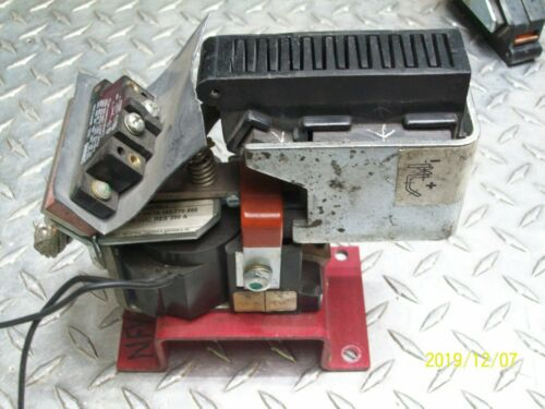 HUBBELL  HC14-193-770-566   200 AMP CONTACTOR
