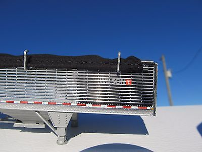DCP 1/64 SCALE WILSON GRAIN TRAILER CHROME WITH BLACK TARP AND SILVER HOPPERS 4