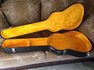 Victoria Luggage Co. Acoustic Guitar Case