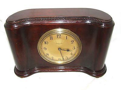 Antique Mahogany Bracket Mantel Clock : H. LEE & SONS HULL (a76)