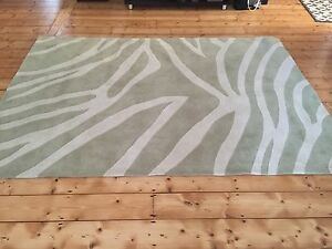 RUG LARGE VERY THICK NEW Carnegie Glen Eira Area Preview
