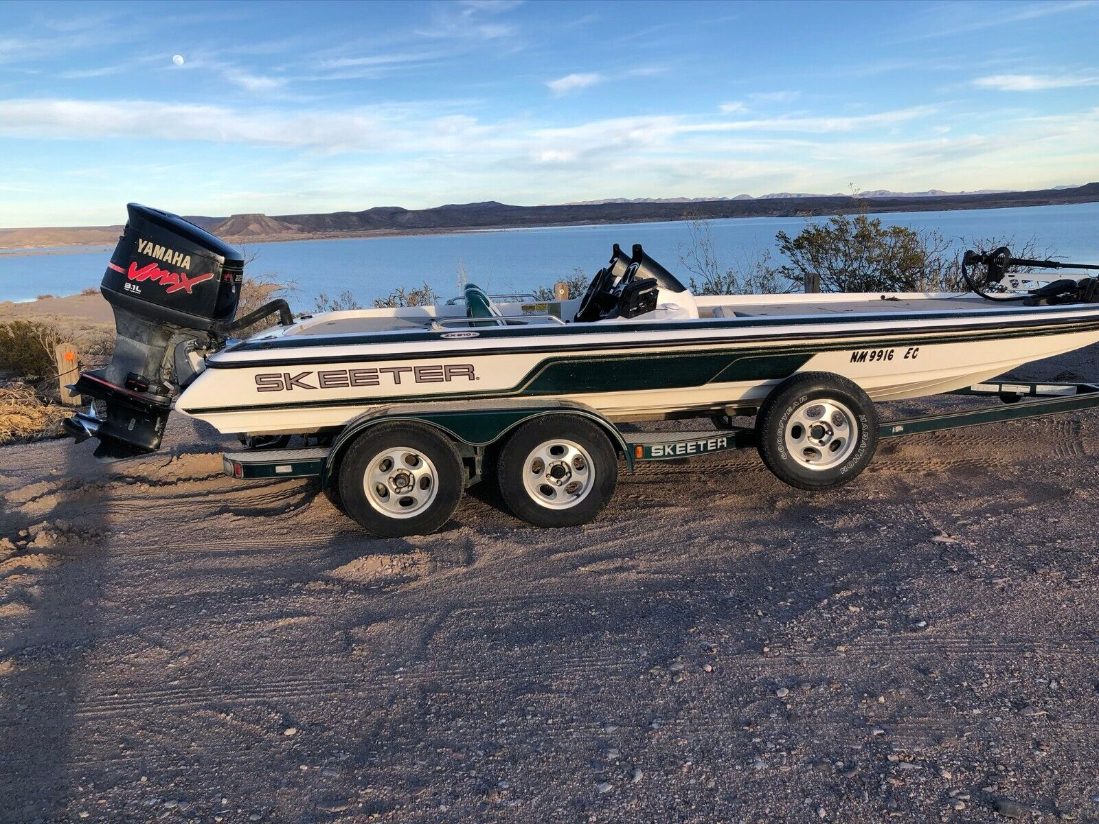 Used 1999 Skeeter Bass Boat 21ft ZX210