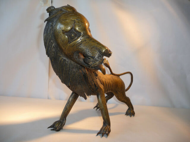 Sujet en bronze zoomorphe Dragon lion chien
