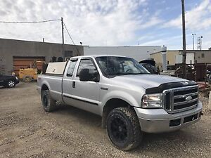 2005 Ford F-350 welding truck for sale