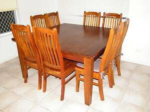 Dining Table and Chairs Gunn Palmerston Area Preview
