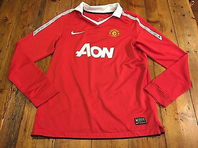 a21908cb8 MANCHESTER UNITED Boy s Red Nike AON LS Jersey BECKHAM- Size Large 12 13  years