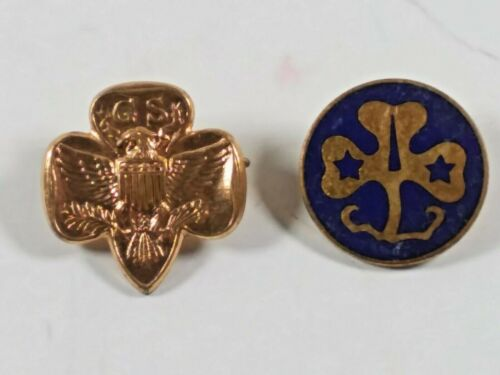 Girl Scout Pin and Trefoil Pin vintage 1970