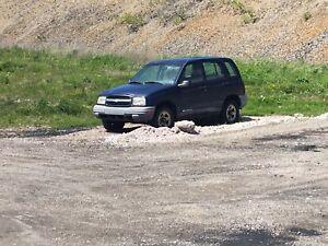 2000 Chevy Tracker
