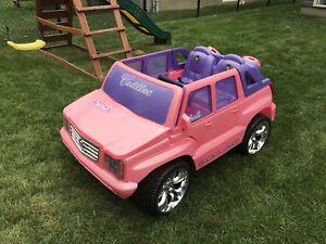 Véhicule électrique pour enfant Cadillac Escalade Rose