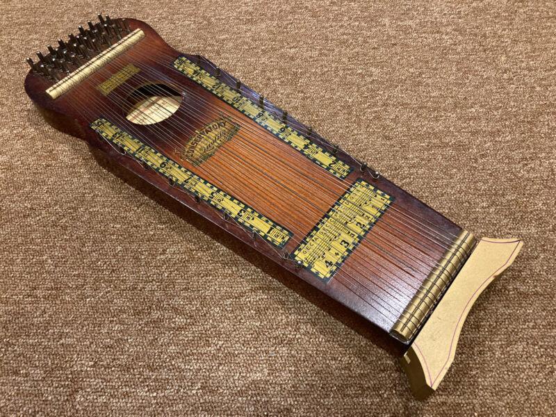 VINTAGE 1930s Marxochime Colony Violin Uke