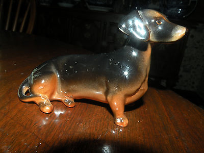 BESWICK POTTERY DACHSHUND porcelain dog with original label