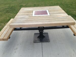 Outdoor table w/chest board