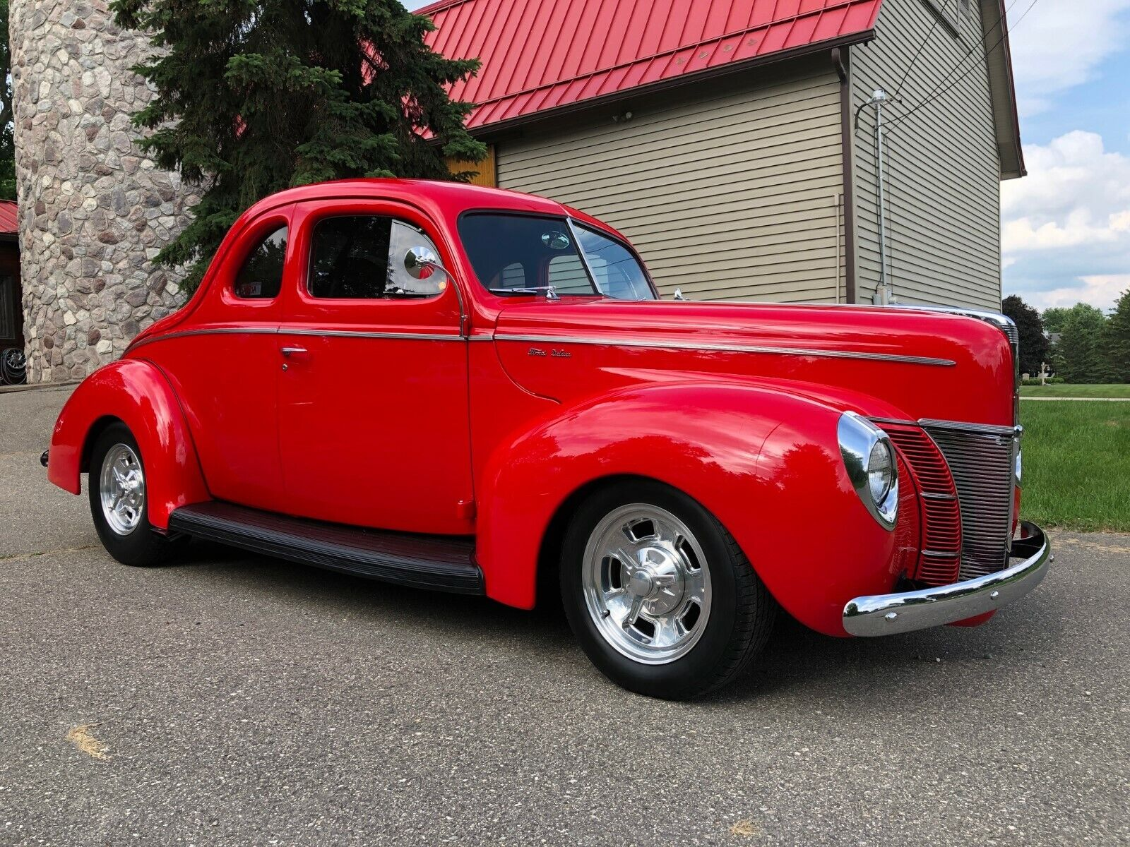 1940 Ford Deluxe Coupe Deluxe Coupe 1940 Ford Deluxe Coupe -True High-Quality Show and Drive