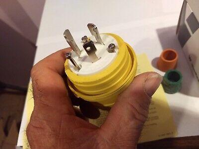 Woodhead Watertight Turn Locking Connector Plug Nema L5-15r 15a 125v