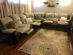 Sectional (reclining) Amazing condition!