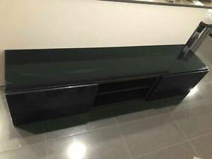 Low Black TV Unit Cabinet With Glass Top & 3 Compartments (2 Piece)