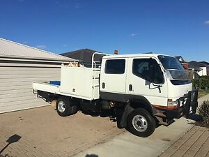 2005 Mitsubishi canter 4x4 truck Banksia Grove Wanneroo Area Preview