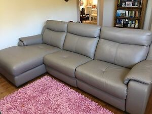 Leather electric recliner lounge Cameron Park Lake Macquarie Area Preview