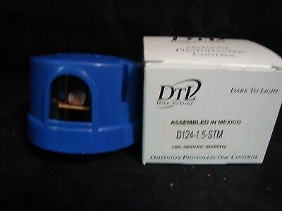 Dtl Dark-to-light Outdoor Photoelectric Control 105-305 Vac D124-1.5-stm New Nib