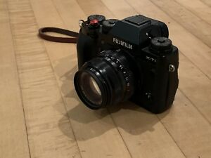 Fuji X-T1 + 35mm F2 + battery grip & accessories