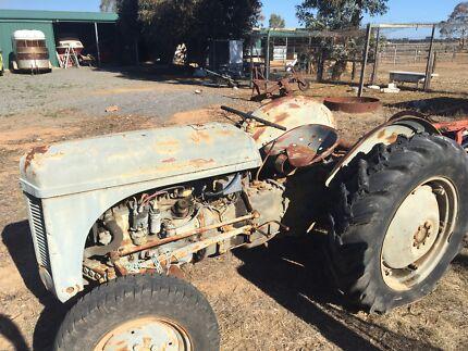 TE20 tractor Lewiston Mallala Area Preview