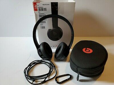 Beats by Dr. Dre Solo3 Wireless On the Ear Headphones - Gloss Black