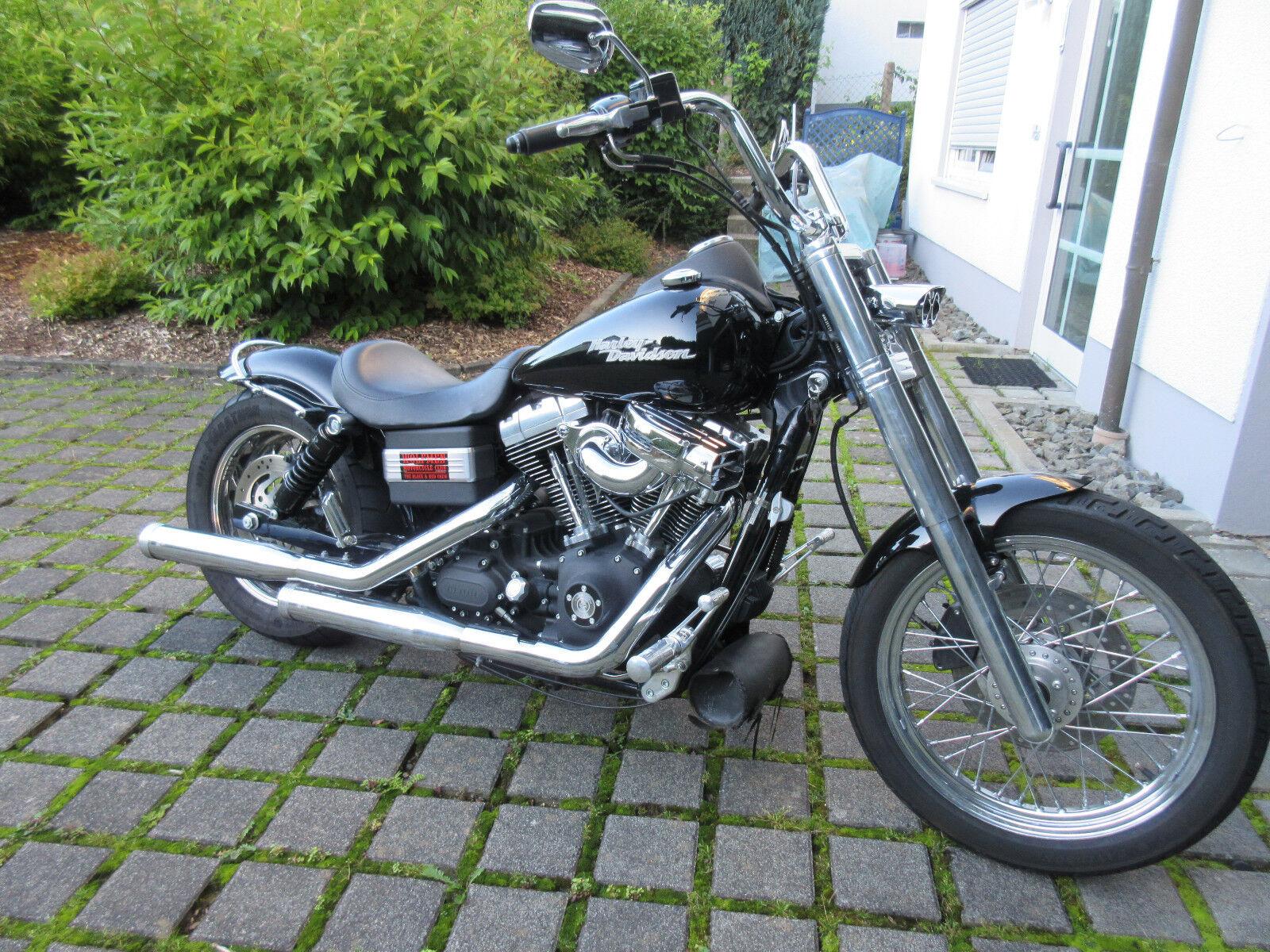 Harley Davidson Street Bob, modifiziert, top Zustand