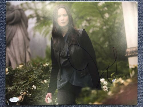 Jennifer Lawrence Autographed Signed 11x14 Photo JSA LOA COA