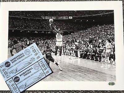 1982 Tar Heels - 1982 UNC TAR HEELS MICHAEL JORDAN Winning Shot - Limited Edition Numbered w/COA