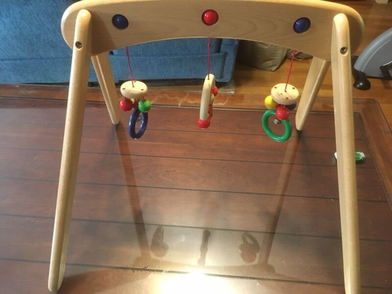 Selecta Musina WOODEN Baby Gym non toxic materials Toys for over lying baby