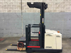 Crown LP3000  Stock Picker Smithfield Parramatta Area Preview