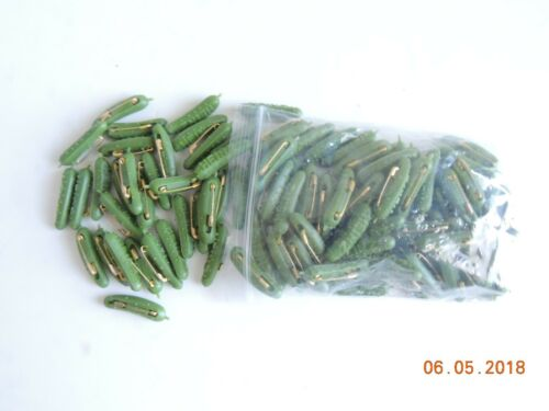L@@K BIG BAG of 100 NEW OFFICIAL Heinz 57 Varieties pickle pins NEW LIGHT GREEN