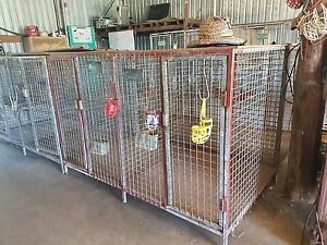 Dog cages Rathdowney Ipswich South Preview