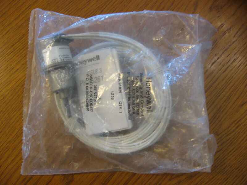 NEW Honeywell 35EN27-4 sealed micro aero switch
