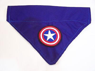 Hund Captain America (Captain America dog bandana slide on collar)