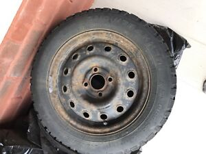 Winter tires with rooms