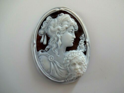 AMAZING  HANDMADE  SHELL CAMEO  MUSEUM QUALITY BACCUS AND ARIANNA SIGNED