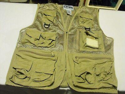 bbd06d97d76db Bass outdoor America Fishing Vest Men Size S/M