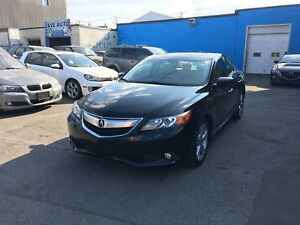 2013 ACURA ILX, TECHNOLOGY PACKAGE, NAVIGATION, TOIT OUVRANT, IN
