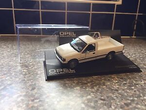 1/43 Ixo Opel Collection Chevrolet Luv Pickup Mint