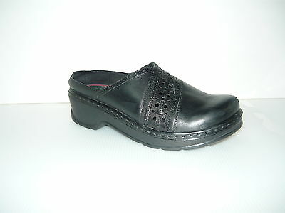 Klogs Shelby Womens Clogs Shoes Display Model Leather Black Smooth 8M