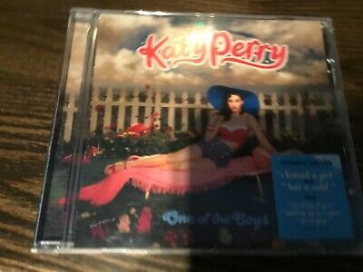 KATY PERRY - ONE OF THE BOYS - CD ALBUM - I KISSED A GIRL / HOT N COLD +