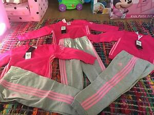BRAND NEW ADIDAS TRACKSUIT GIRLS SIZE 12-18MONTHS Clontarf Redcliffe Area Preview