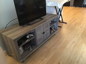 Tv table used for two month